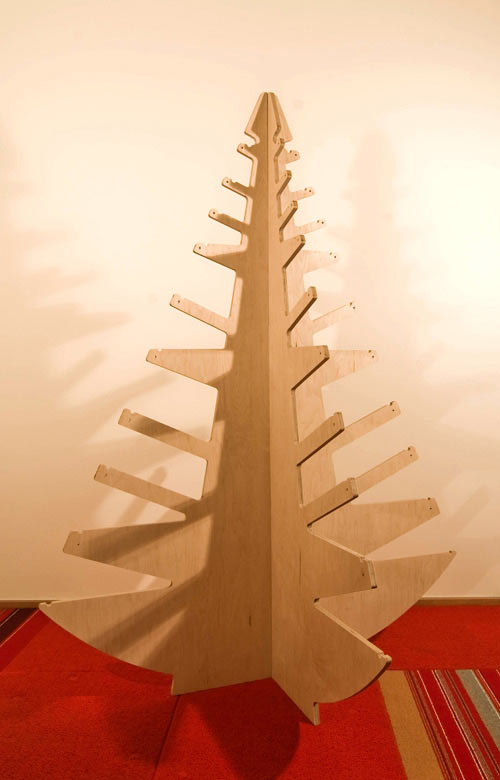 BUILD-LLC-plywood-christmas-tree-2
